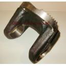 Фланец-вилка карданного вала (под крестовину63,5) Ф180х63,5 4 отверстия SHAANXI